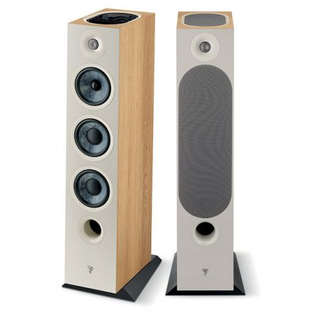 focal-chora826-d-torino-light-wood
